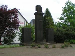 Kriegerdenkmal Lissendorf - (c) Schun